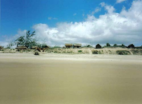 Tofo Mozambique  city images : Home » Mozambique » Tofo » Tofo beach huts